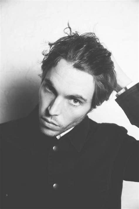 tom hughes rising stars 11 best tom hughes images on pinterest british actors