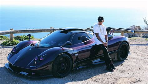 lewis hamilton house formula 1 world chion lewis hamilton s vacation is way cooler than your vacation