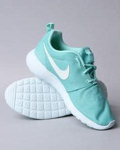 roches shoes shoes on roshe toms outlet and nike shoes