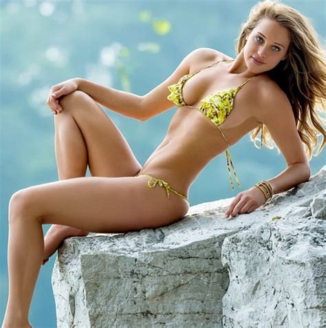 direct tv commercial actress hannah davis hannah davis bikini 5 larry brown sports