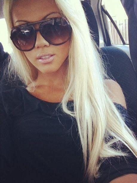 bleach blonde hair on tan skin 130 best w quot blonde images on pinterest grey hair