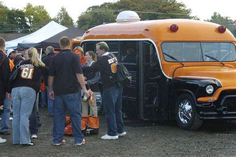 Come With Me Tailgate Ae The Look by Where I Come From Your Tailgating Traditions Building