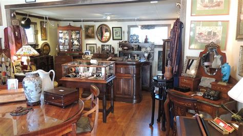 Antique Stores by Antique Boutique Antique Boutique Come In And Take A Look