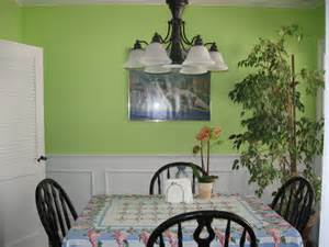 Apple Green Home Decor by Living Room The Goes Green Paint Colors Design Loversiq