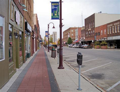file ames iowa main street jpg wikimedia commons