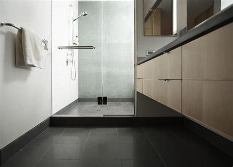 rivestire piatto doccia scegliere e rivestire il piatto doccia