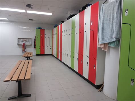 Changing Room by File Lockers In Modern Change Room Jpg Wikimedia Commons