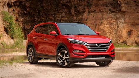 hyundai tucson   top affordable compact suvs