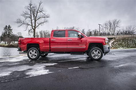 gmc and chevy zone offroad 2 quot torsion bar leveling kit 2011 2017