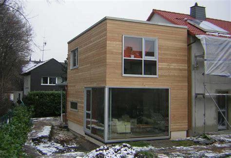 anbau kubus holzanbau energetische sanierung eines reihenhauses