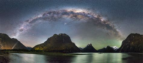 Amazing Light by Amazing Astro Photography At Milford Sound