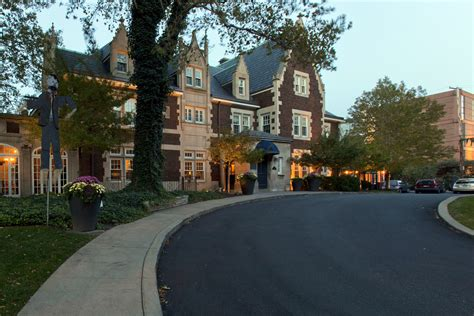 glidden house our picks for best hotels in cleveland akron canton executive arrangements
