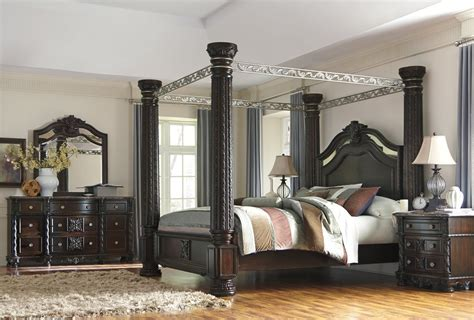 king poster bedroom set laddenfield classic poster king bedroom 171 mattress bed