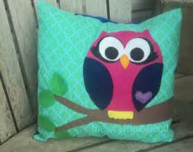 owl pillow with a tutorial and pattern pieces the