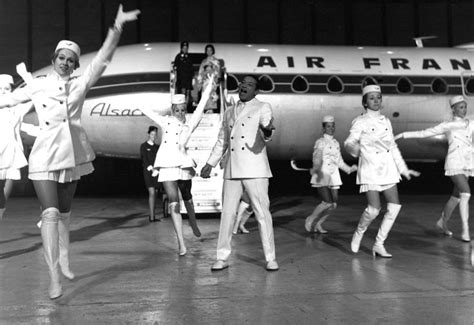 swinging stewardesses 1000 images about vintage flight attendants in go go