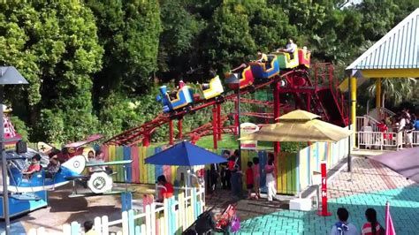 escape theme park singapore city 360 family coaster escape theme park youtube