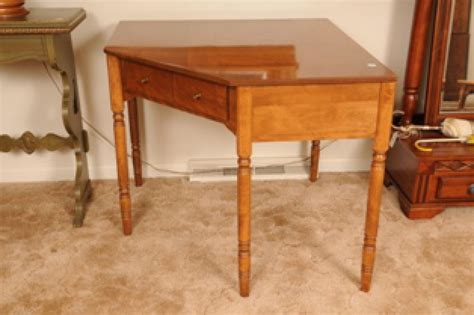 Ethan Allen Corner Desk Ethan Allen Maple Corner Desk Auctions Proxibid