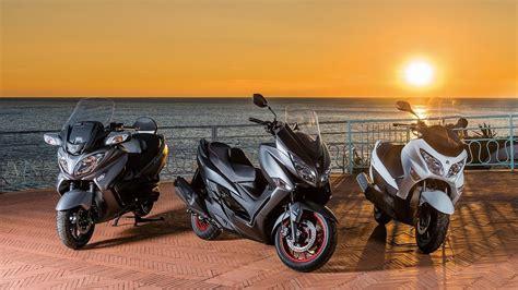 Suzuki Motorrad Youtube by New 2017 Suzuki Burgman 400 Suzuki Motorrad Youtube