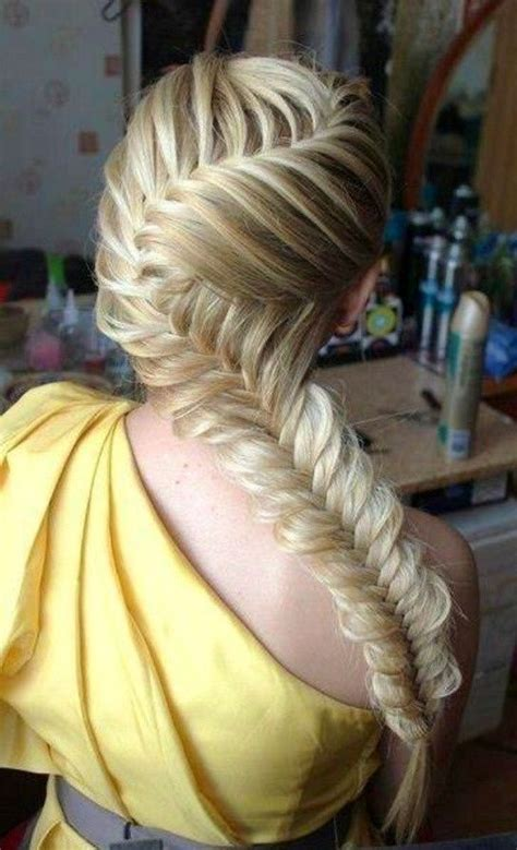 Fishtail Braid Hairstyles by 5 And Easy Fishtail Braid Hairstyles Popular Haircuts