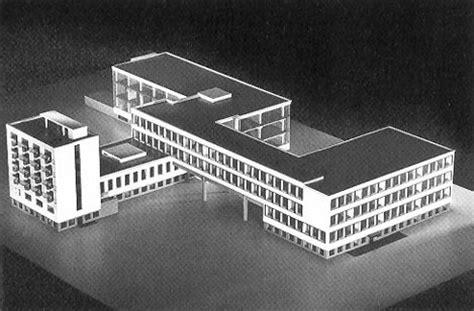 Das Bauhaus Walter Gropius by Relatarte Abril 2012