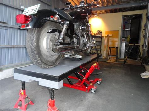 motorcycle bench lift best 25 motorbike stand ideas on pinterest motorcycle