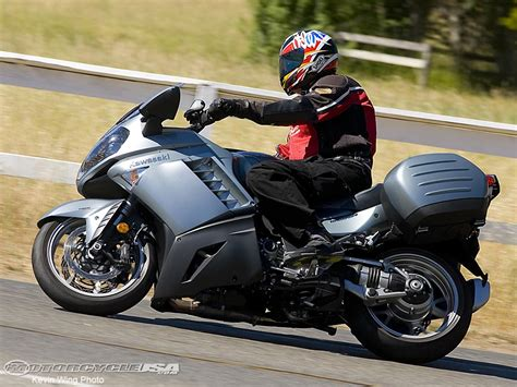 Kawasaki Touring Motorcycles by Kawasaki Touring Motorcycles