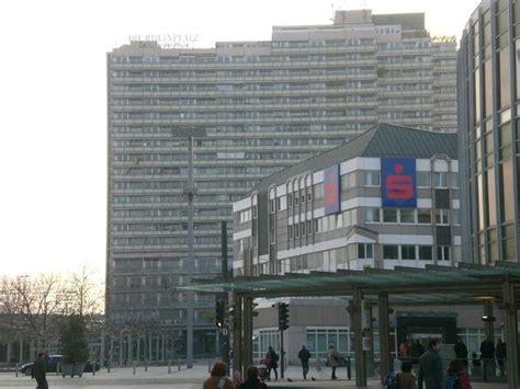 Autoversicherungen Ludwigshafen by Der Berliner Platz In Ludwigshafen Reisef 252 Hrer