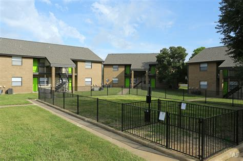 appartments in college station renaissance park apartments college station tx