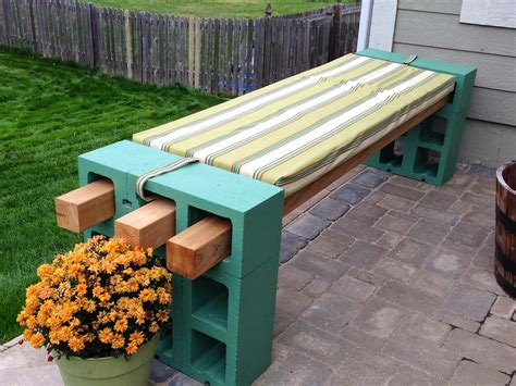 diy concrete block bench diy cinder block bench home design garden