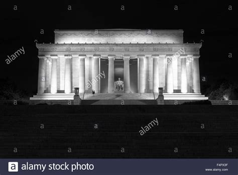 abraham lincoln monument in washington dc stock photo