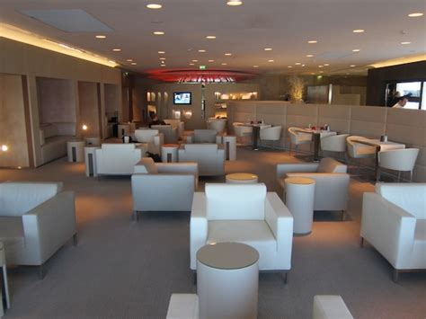 air france  class lounge paris  mile   time