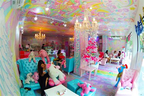 There?s A Unicorn Café That?s Magical AF