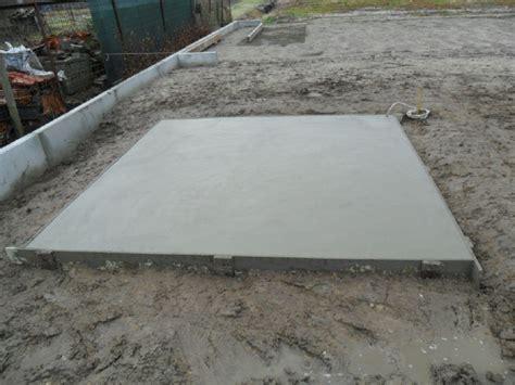 fundering gieten tuinhuis gieten van betonplaat voor tuinhuis tuinwerken truyman