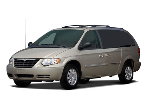 2006 Chrysler Town And Country Reviews 2006 chrysler town country reviews and rating motor trend