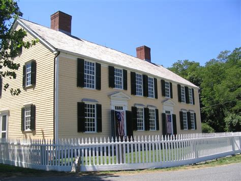 saltbox style colonial homes and out buildings pinterest 32 best images about salt box homes on pinterest home