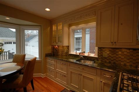 small traditional kitchens small traditional kitchen