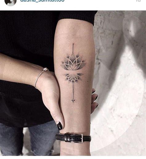 lotus tattoo dots meaning lotus tattoo dot work tattoos pinterest lotus tattoo