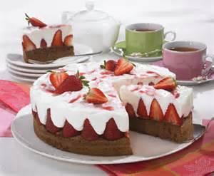 schoko erdbeer kuchen schoko erdbeerkuchen rezept lecker de