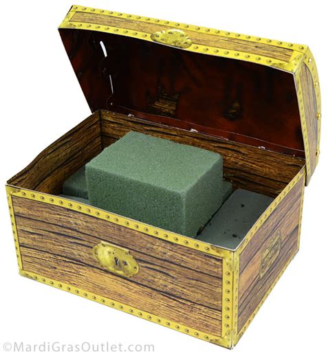 Treasure Chest Decorations by Ideas By Mardi Gras Outlet Pirate Treasure Chest