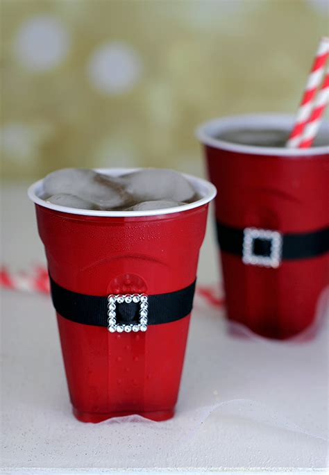 23 christmas party decorations that are never naughty