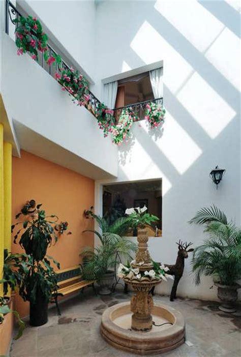 patio interior en un piso 5 ideas geniales para un peque 241 o patio interior pisos al
