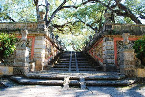 Vizcaya Gardens by Vizcaya S Gardens A Photo Tour The Suitcase Scholar