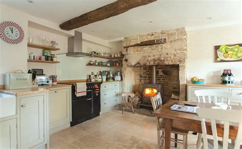 Handmade Kitchens Chester - woodchester cabinet makers bespoke kitchens furniture