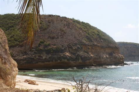eloknya pantai surga lombok jalan jalan makan makan