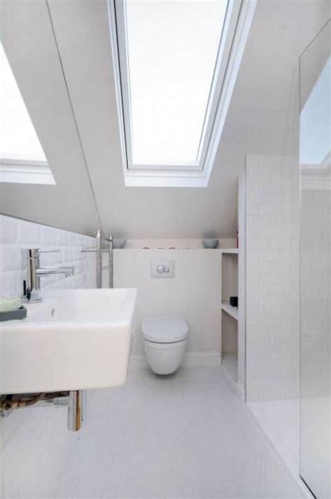 dachausbau badezimmer 52 cool and smart attic bathroom designs comfydwelling