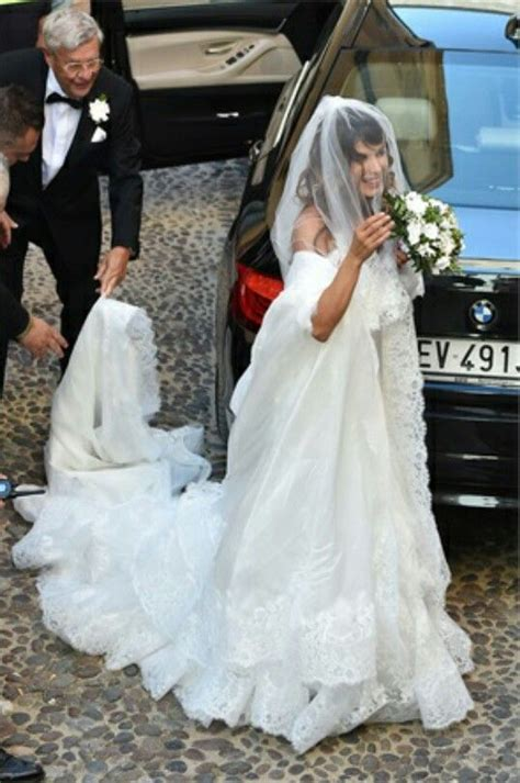 elisabetta canalis wedding dress 60 best images about famous wedding on pinterest brad