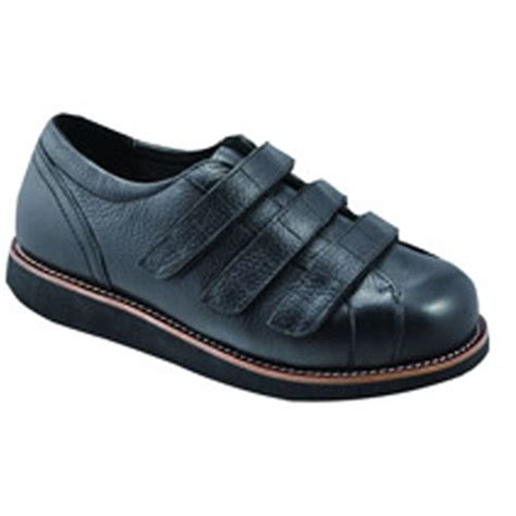 comfortable shoes for surgeons the apis mt emey 511 surgical opening shoes diabetic
