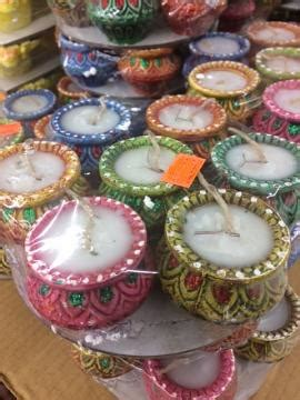 Handmade Decorative Diyas - clay diya fancy matka shaped decorative clay diyas
