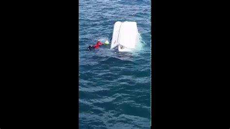 boat sinking statistics boat sinking ft myers september 13 2015 escape death