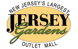 jersey gardens the other outlet close to new york and a